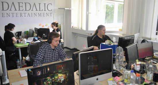Daedalic Entertainment的测试员正在玩游戏