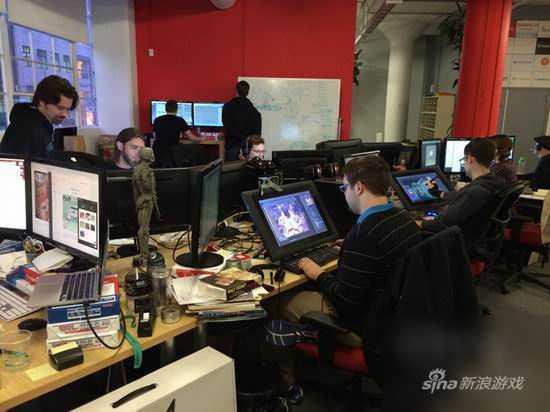 一群游戏测试员共处一室测试游戏