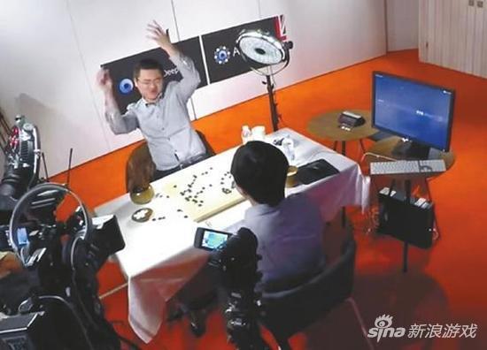 2015年10月,AlphaGO战胜了樊麾